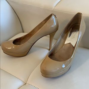 Michael Kors heels size 6.5M